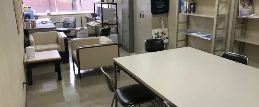 書斎より広い柴田研究室。これから「基地」にするそう。